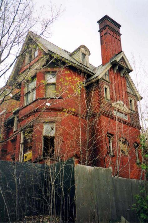 Redpath House - Credit: Guillaume St-Jean, 2005