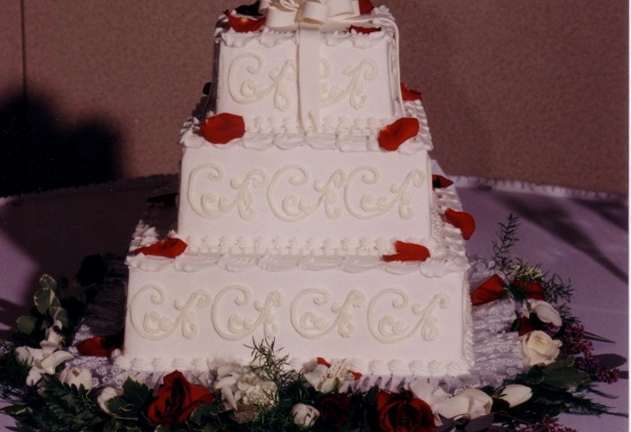 Square Wedding Cakes Taylors Bakery