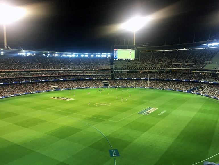 Melbourne Football www.taylorstracks.com
