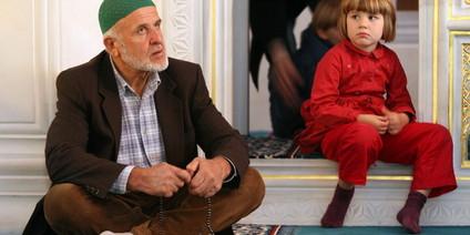 Kommse rein, könnse rausgucken: Tag der offenen Moschee in Berlin. Foto: dpa