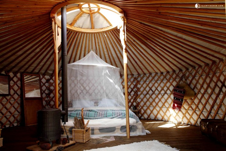 glamp in a yurt in Portugal