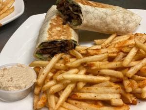 taza grill east lyme wraps