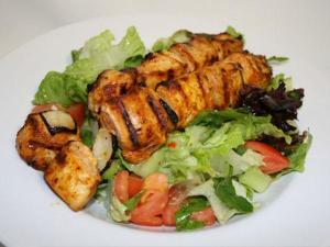 taza grill east lyme chicken kabob salad