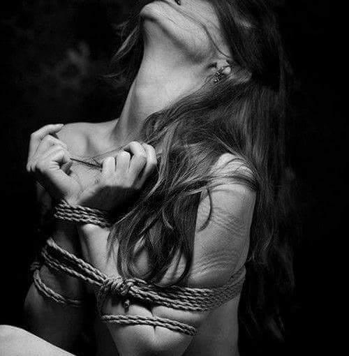 Entführt und Ausgeliefert, meine Lieblingsfantasie ;-)