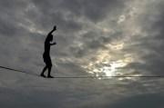 Wallenda Will Walk the Sky over Sundial