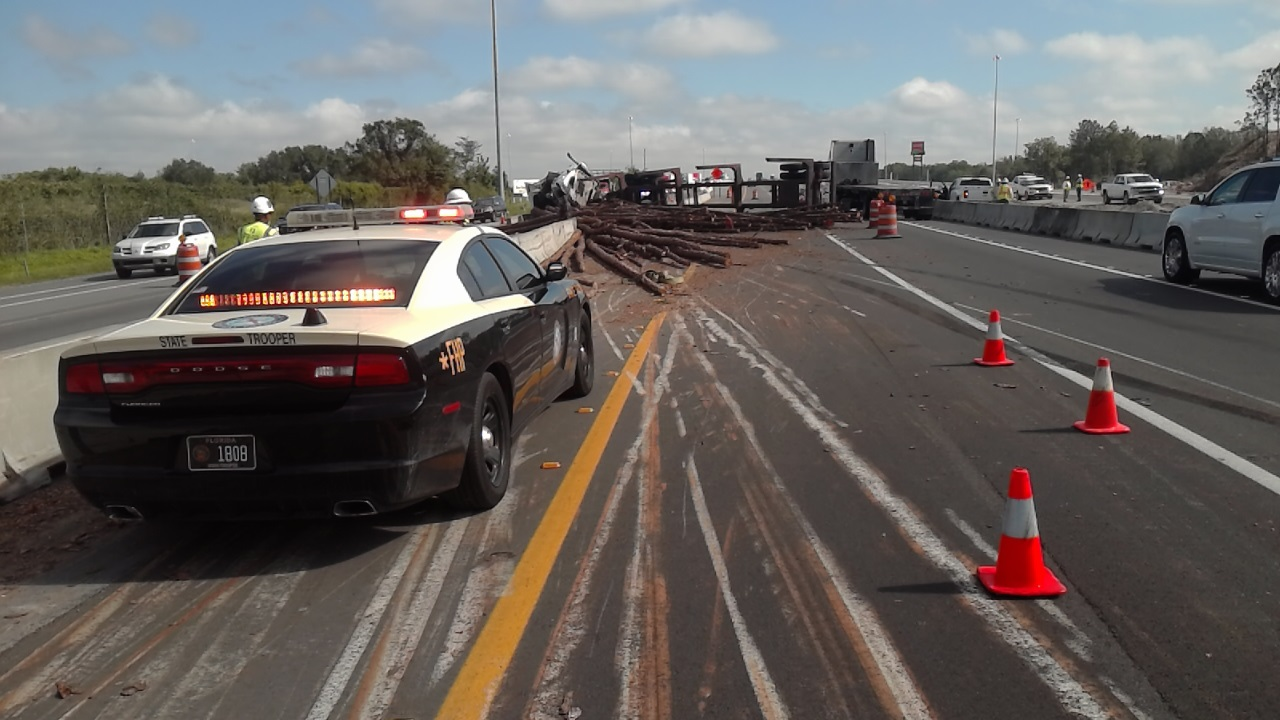 Florida Highway Patrol   I-75 Crash   Log Truck Overturns   Traffic