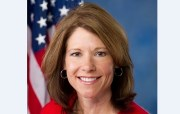 Bustos Is Featured Speaker at Democratic Gala