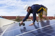 Crist Proposes Extension of Solar Tax Credit