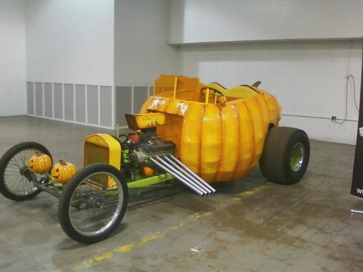 Halloween Hot Rod Pumpkin T-Bucket