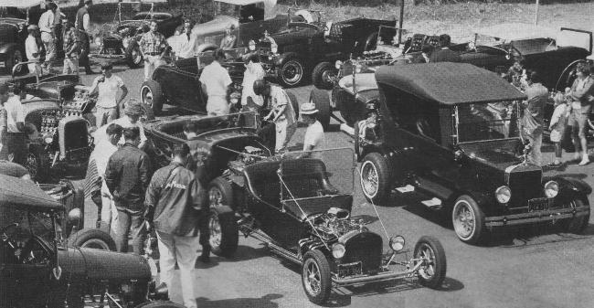 Dan Woods 1915 T-Bucket Early Times Car Club