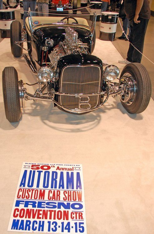 blackie-gejeian-shish-kebob-1926-t-roadster-photo-by-fredric-childers