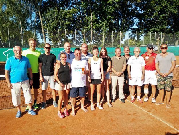 Die Sieger und Organisatoren des Kaiserstuhl Cups