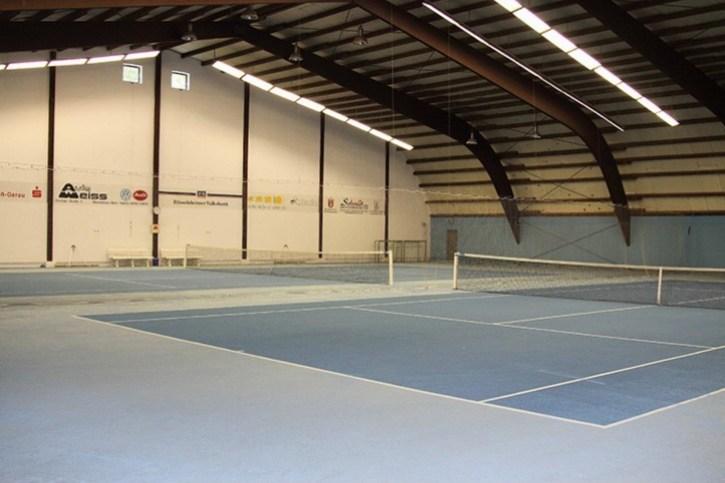 Tennishalle zum Buchen im Tennisclub Rüsselsheim