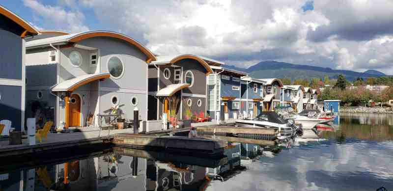 float homes at mosquito creek marina in vancouver