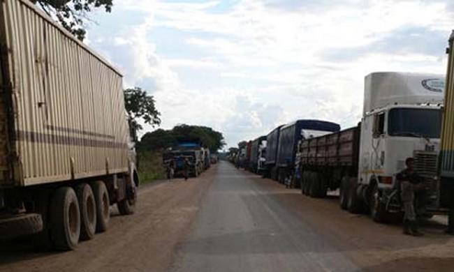 Cameroun: une grève de transporteurs et camionneurs Tchadiens paralyse l'approvisionnement de N'Djamena