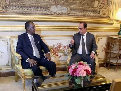 Déby et Hollande à l'Elysée 05.10.2015