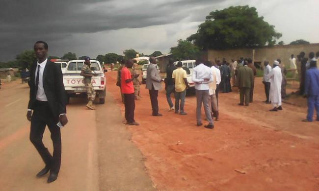 Tchad: refoulée de Moundou, la délégation conduite par le Député Saleh Kebzabo abandonne sa mission pour Laoukein