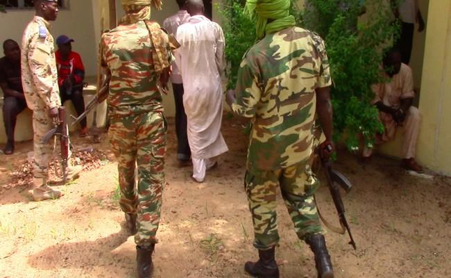Le droit des personnes de circuler librement sur le territoire national encore bafoué au Tchad: 22 jeunes se rendant à Zouar ont été arrêtés comme des «clandestins»