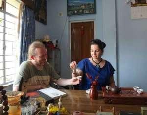couple-tea