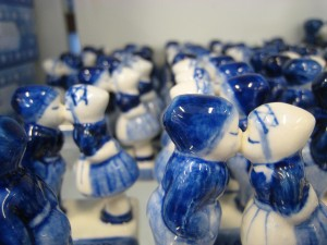 Delft Kissing Figurines