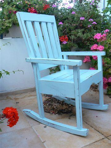 blue_rocking_chair