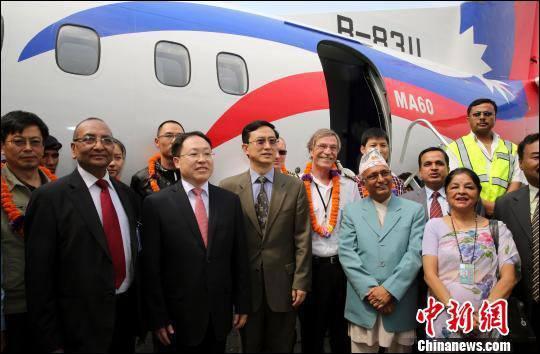 """เครื่องบิน """"ซินโจว 60"""" ฝีมือจีนส่งถึงมือเนปาลแล้ว"""