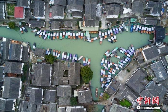 โจวจวง: หมู่บ้านกลางน้ำ มรดกล้ำค่าแห่งแดนมังกร