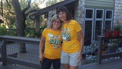 Garden owner, Sue Nazar and garden captain Cheryl Harrison