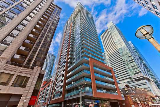 8 Mercer St #2512, Toronto