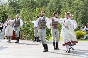 Polka - latviešu tautas dejas karaliene