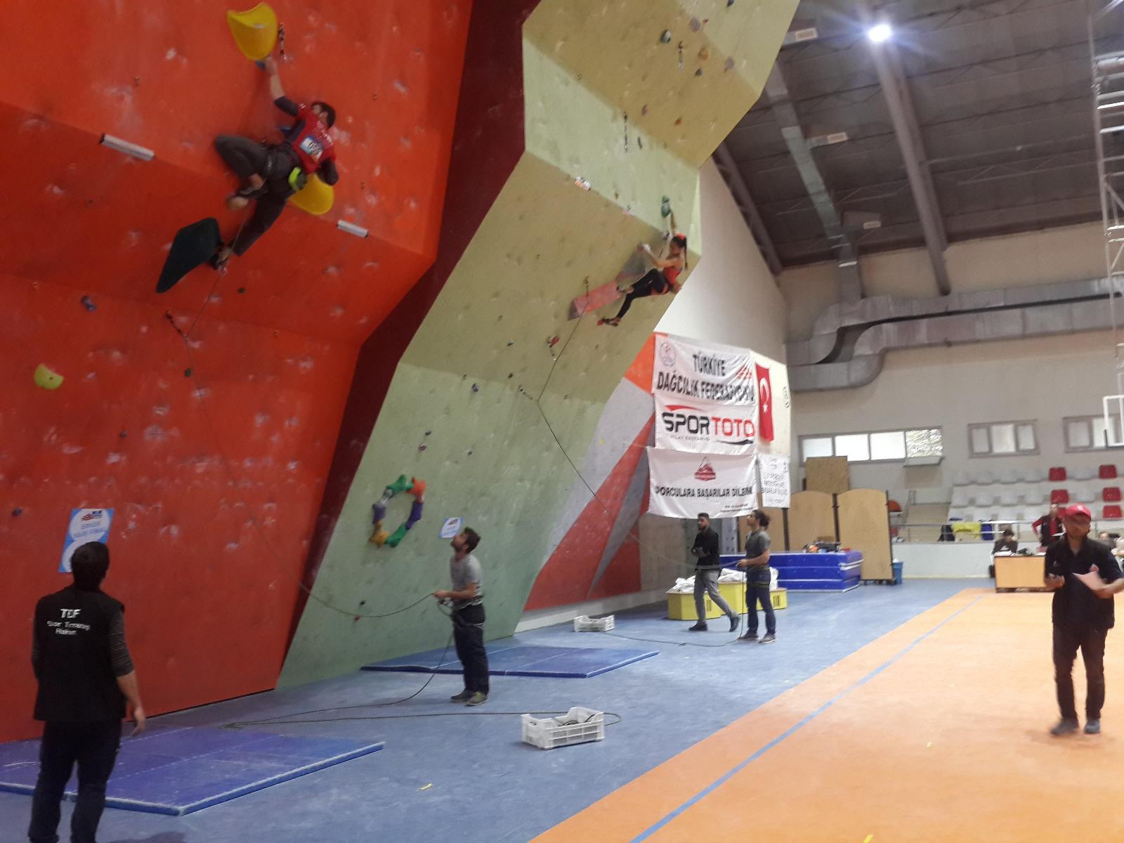 Spor Tırmanış Aday Hakem Yetiştirme Kursu - İstanbul Başvuruları
