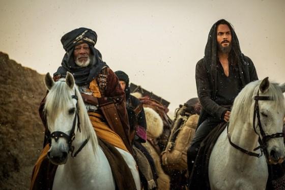 Morgan Freeman şi Jack Huston în filmul Ben-Hur 2016