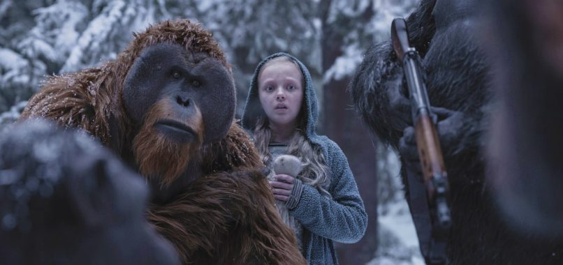 WAR FOR THE PLANET OF THE APES: Karin Konoval si Amiah Miller (Nova)