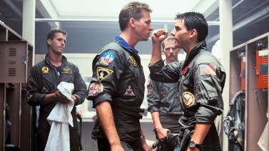 Val Kilmer si Tom Cruise in Top Gun