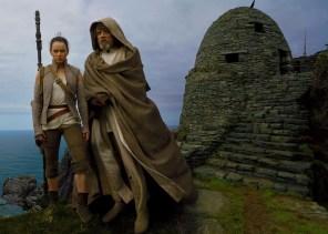 Star Wars: The Last Jedi - Rey si Luke