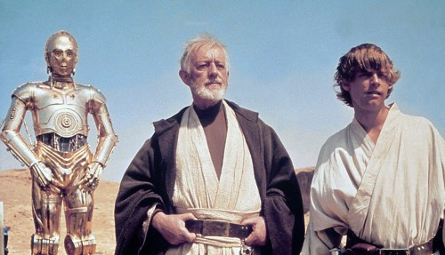 Alec Guinness (Obi-Wan Kenobi) si Mark Hamill (Luke Skywalker) in Star Wars: Episode IV (1977)