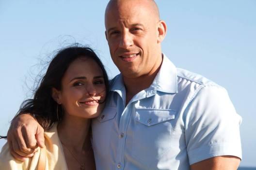 Jordana Brewster (Mia Toretto) si Vin Diesel (Dominic Toretto)
