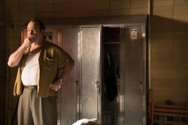 Jim Belushi in Wonder Wheel (2017)