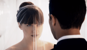 Jamie Dornan şi Dakota Johnson în Fifty Shades Freed
