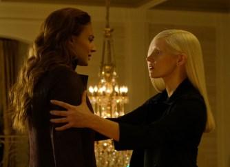 Sophie Turner and Jessica Chastain in X-MEN: DARK PHOENIX.