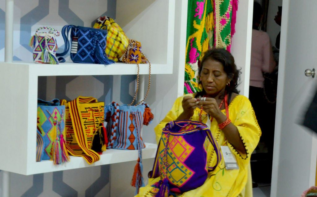 Wayúu textile traditions are handed down from the older generation to the younger generation—typically from grandmothers to their granddaughters. [Image: courtesy of procraftinations.co.uk]