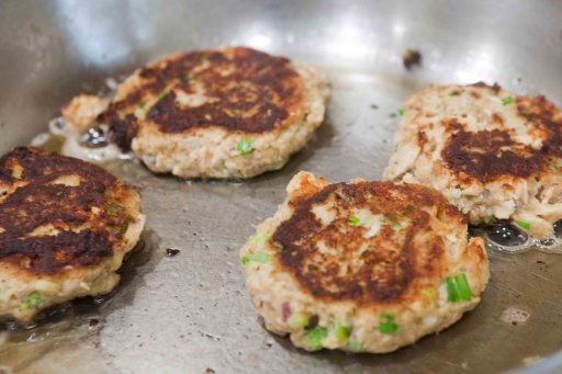 saucy mama salmon cakes cooking