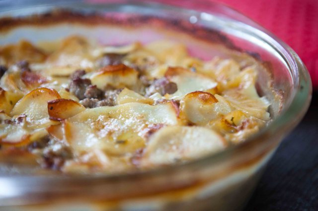 Casserole from Au Gratin and Ground Beef