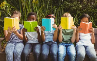 Summer reading challenge English teacher recommends