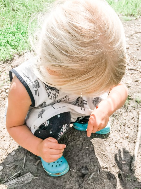 Teaching young kids about the environment is an important part of helping our planet! Here are ways to start the outside when they're little