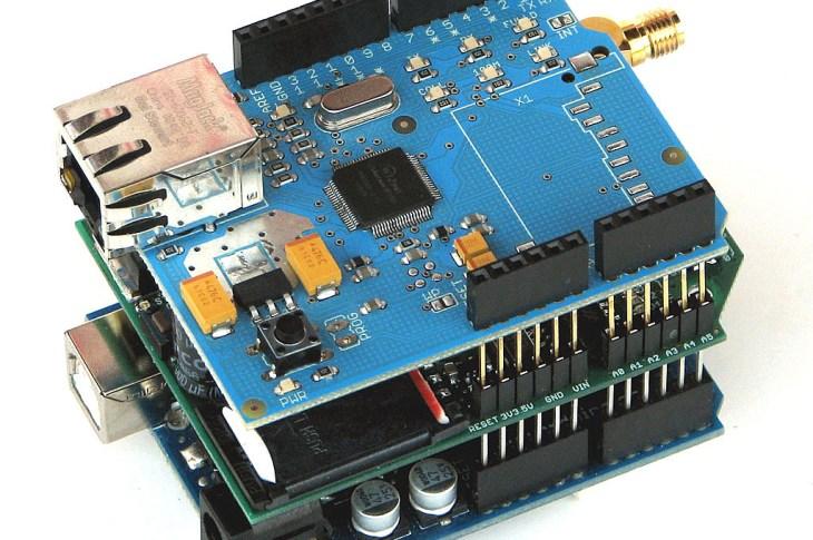 microcontroller serial communication
