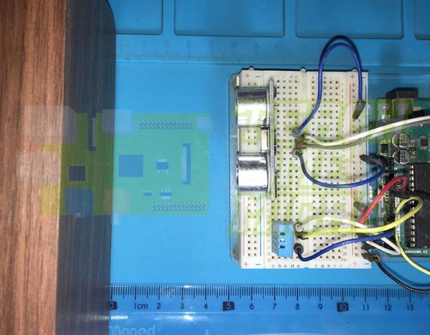 Ultrasonic sensor with temperature compensation actual setup