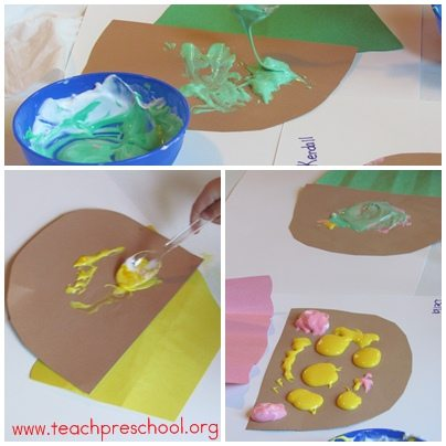 Fun with puffy paint and cupcakes in preschool
