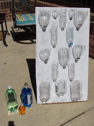 DIY: Cardboard water play easel for preschoolers