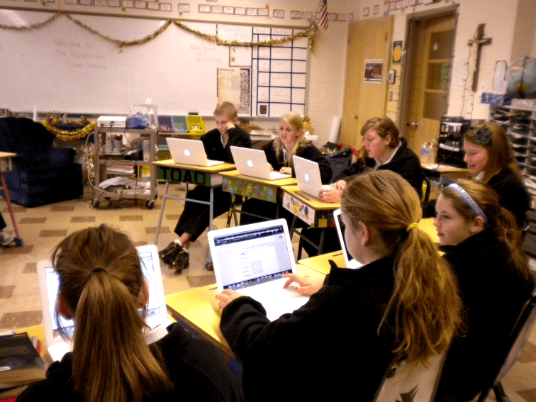 laptops-in-classroomc